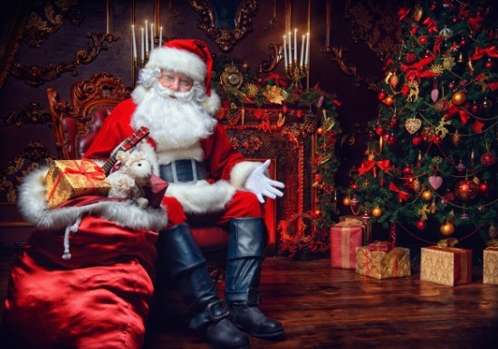 Santa Claus is Shopping in Town Slideshow
